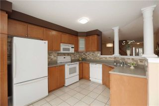 Photo 18: 672 Edwards Avenue in Milton: Beaty House (2-Storey) for sale : MLS®# W3431863