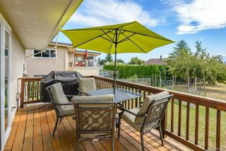 Photo 28: 2045 Beaufort Ave in : CV Comox (Town of) House for sale (Comox Valley)  : MLS®# 884580