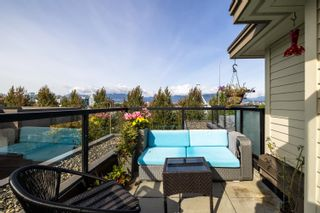 Main Photo: 466 E 5TH Avenue in Vancouver: Mount Pleasant VE Townhouse for sale (Vancouver East)  : MLS®# R2623163