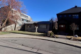 Photo 3: 1613 Westmount Road NW in Calgary: Hillhurst Detached for sale : MLS®# A1099637