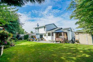 """Photo 18: 5882 169A Street in Surrey: Cloverdale BC House for sale in """"Richardson Ridge, Jersey Hill"""" (Cloverdale)  : MLS®# R2397193"""