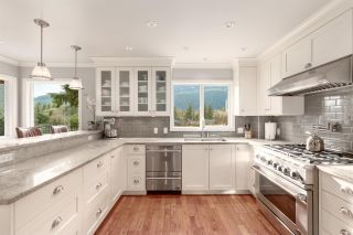 """Photo 10: 41833 GOVERNMENT Road in Squamish: Brackendale House for sale in """"BRACKENDALE"""" : MLS®# R2545412"""