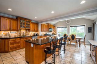"""Photo 4: 4537 SADDLEHORN Crescent in Langley: Salmon River House for sale in """"Salmon River"""" : MLS®# R2553970"""