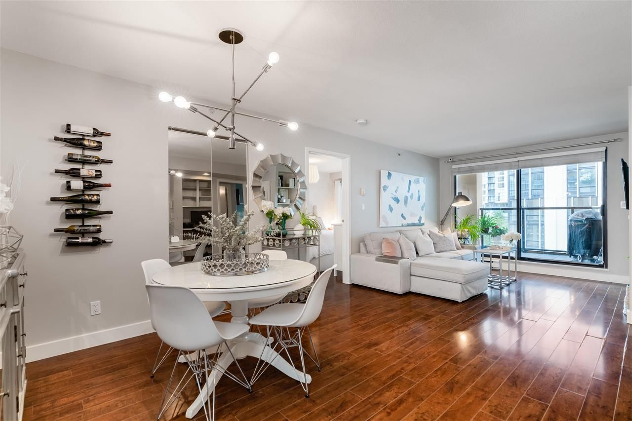 """Main Photo: 505 488 HELMCKEN Street in Vancouver: Yaletown Condo for sale in """"ROBINSON TOWER"""" (Vancouver West)  : MLS®# R2590838"""