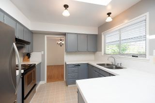 Photo 13: 2009 BOULEVARD Crescent in North Vancouver: Boulevard House for sale : MLS®# R2624697