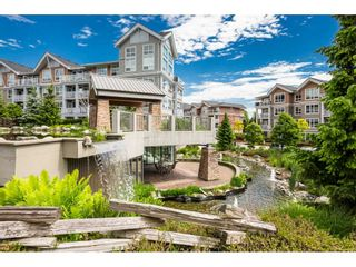 "Photo 22: 104 6420 194 Street in Surrey: Clayton Condo for sale in ""WATERSTONE"" (Cloverdale)  : MLS®# R2480446"