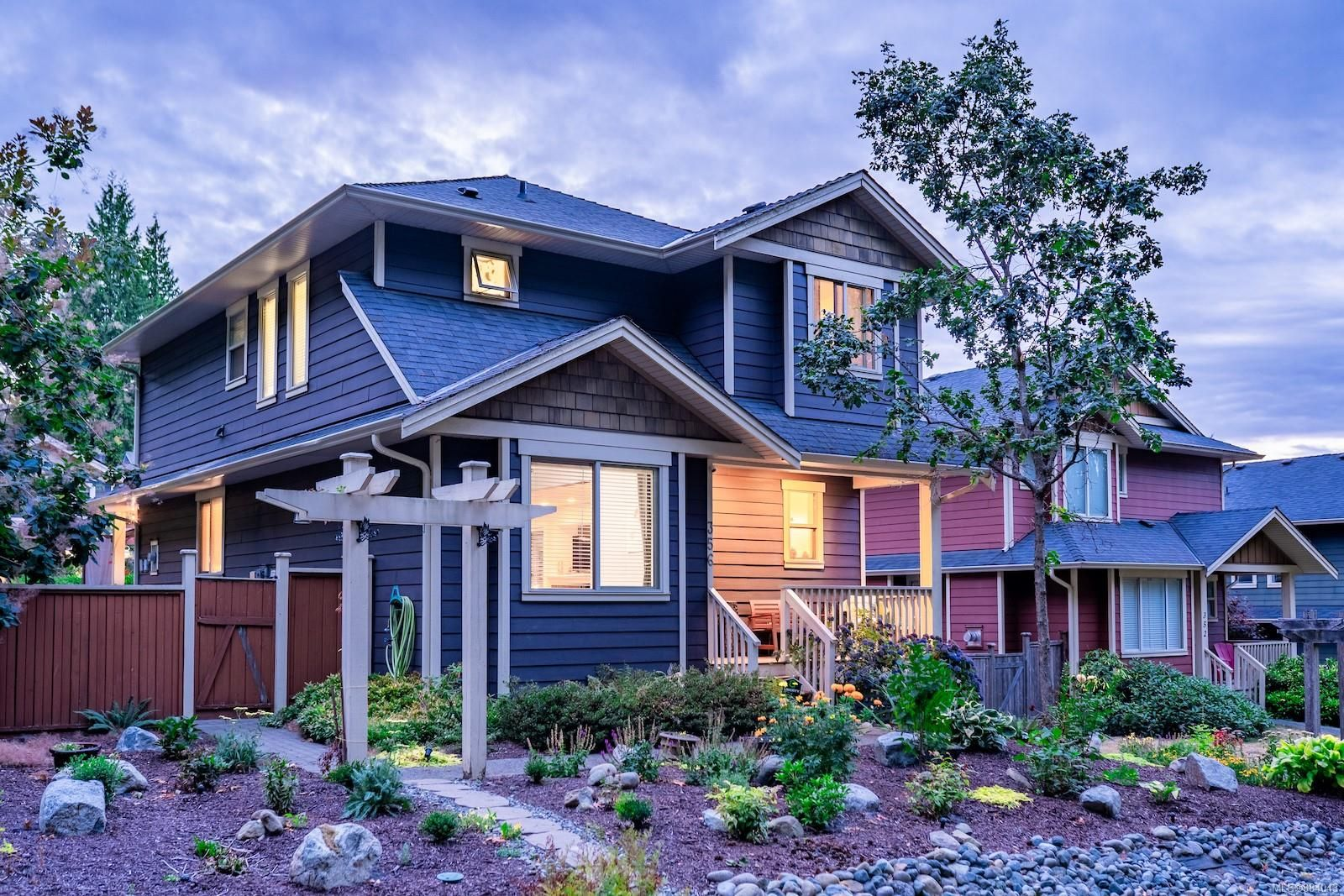 Main Photo: 356 Wessex Lane in : Na University District House for sale (Nanaimo)  : MLS®# 884043