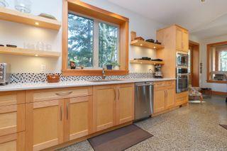 Photo 13: 823 Pears Rd in : Me Metchosin House for sale (Metchosin)  : MLS®# 863903