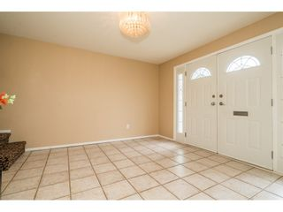 Photo 4: 2316 BEVAN Crescent in Abbotsford: Abbotsford West House for sale : MLS®# R2494415