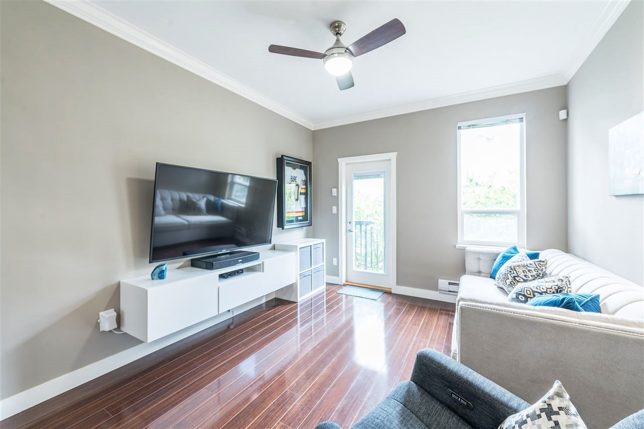 """Main Photo: 47 22788 WESTMINSTER Highway in Richmond: Hamilton RI Townhouse for sale in """"Hamilton Station"""" : MLS®# R2479880"""