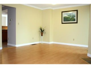 """Photo 3: 3354 FLAGSTAFF Place in Vancouver: Champlain Heights Townhouse for sale in """"COMPASS POINT"""" (Vancouver East)  : MLS®# V888514"""