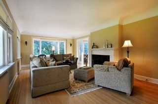 Photo 2: 6061 Adera St in Vancouver: Home for sale : MLS®# V856010