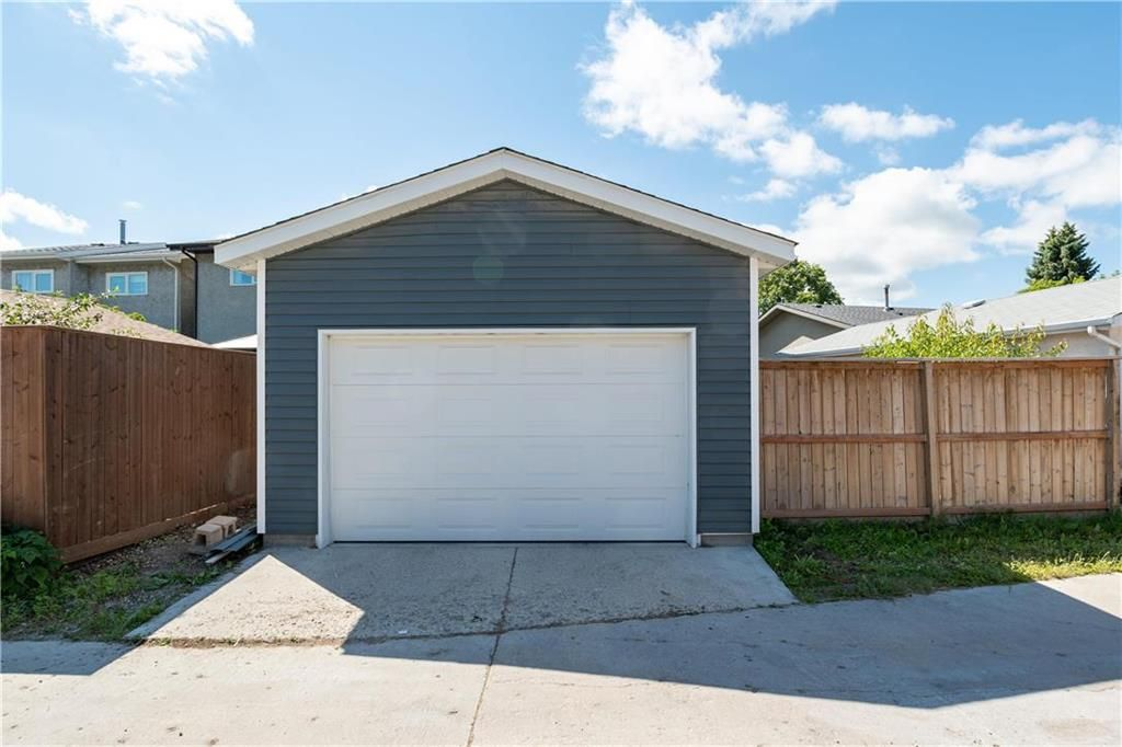 Photo 28: Photos: 57 Maitland Drive in Winnipeg: River Park South Residential for sale (2F)  : MLS®# 202116351
