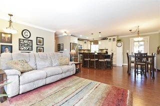 Photo 2: 31935 Lapwing Crescent in Mission: Mission BC House for sale : MLS®# R2583698
