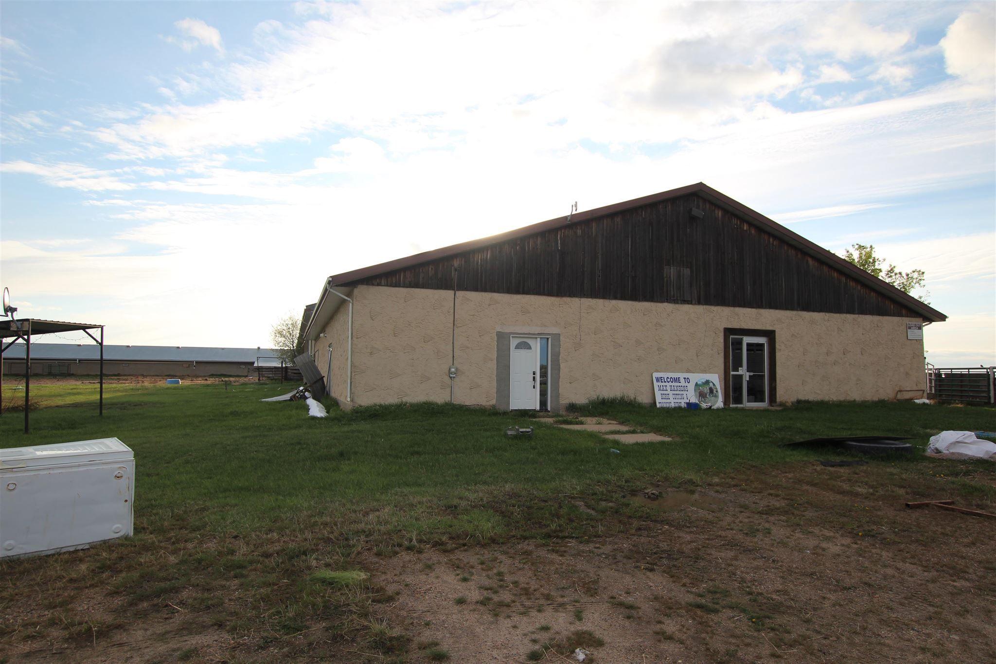 Main Photo: 57312 RGE RD 222: Rural Sturgeon County House for sale : MLS®# E4245586