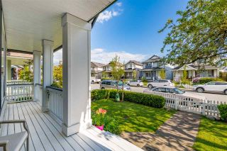 """Photo 2: 18461 65 Avenue in Surrey: Cloverdale BC House for sale in """"Clover Valley Station"""" (Cloverdale)  : MLS®# R2458048"""