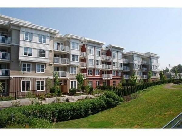 """Main Photo: 106 12283 224 Street in Maple Ridge: West Central Condo for sale in """"THE MAXX"""" : MLS®# R2245709"""