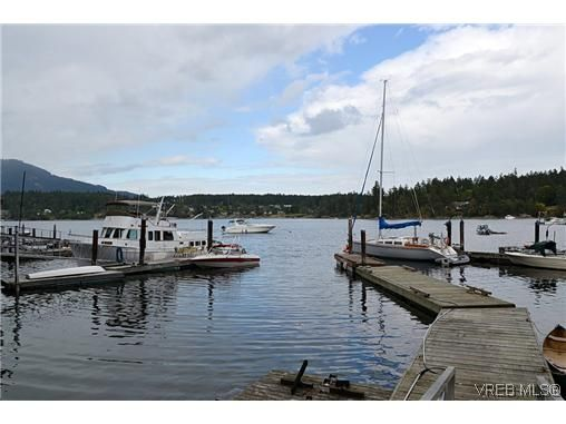 Main Photo: 10968 Madrona Drive in NORTH SAANICH: NS Deep Cove Residential for sale (North Saanich)  : MLS®# 313987