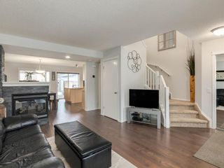 Photo 3: 162 Prestwick Rise SE in Calgary: McKenzie Towne Detached for sale : MLS®# A1050191
