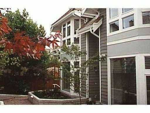 Main Photo: 5 233 E 6TH Street in North Vancouver: Lower Lonsdale Townhouse for sale : MLS®# V819277