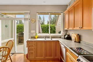 Photo 7: 8 912 Brulette Pl in : ML Mill Bay Row/Townhouse for sale (Malahat & Area)  : MLS®# 856393