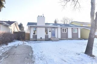 Photo 2: 134 Fuhrmann Crescent in Regina: Walsh Acres Residential for sale : MLS®# SK717262