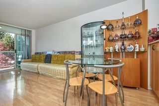 Photo 4: 305 2763 CHANDLERY Place in Vancouver: South Marine Condo for sale (Vancouver East)  : MLS®# R2416093