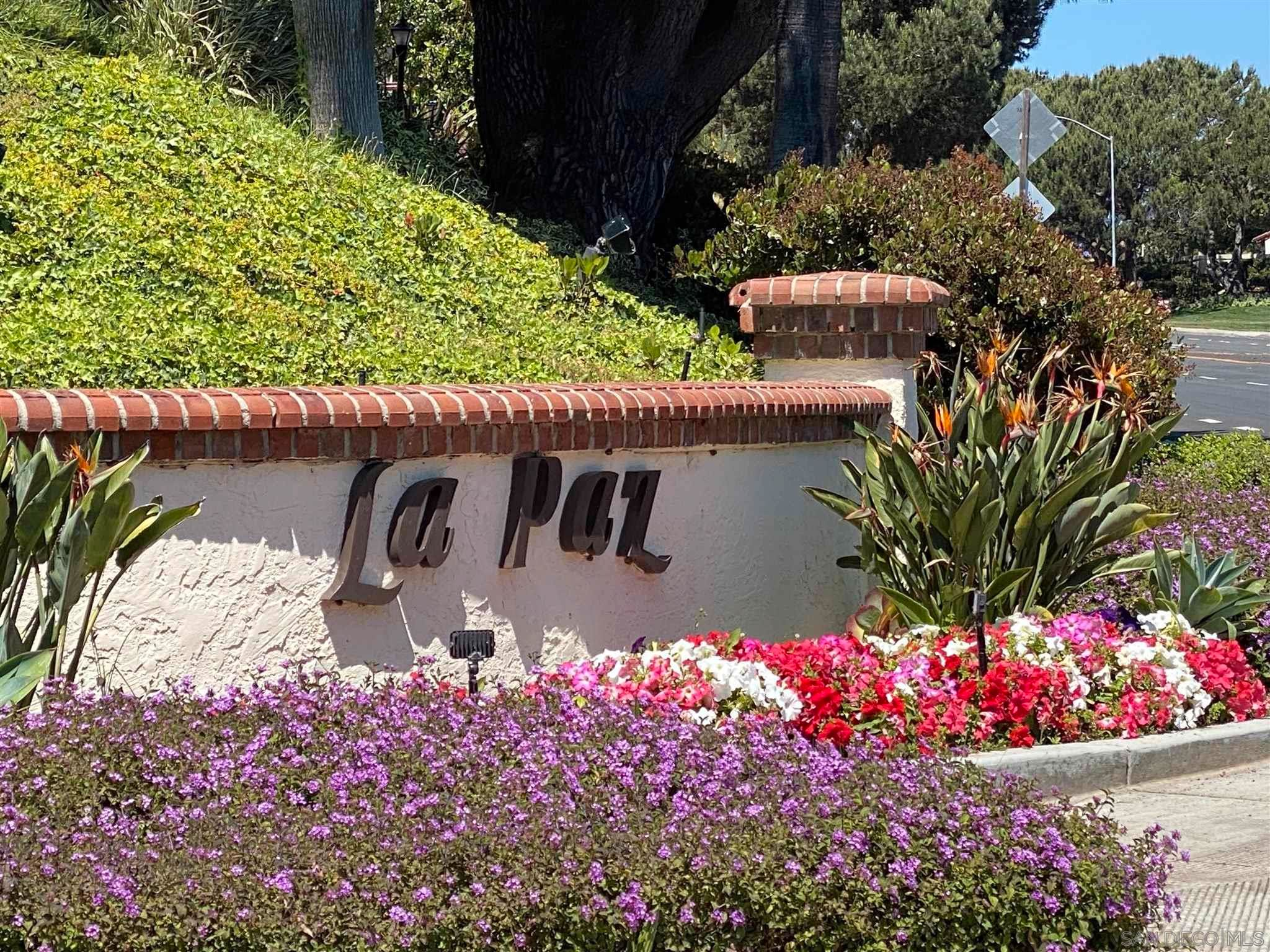 Main Photo: UNIVERSITY CITY Condo for sale : 2 bedrooms : 4060 Rosenda Ct #224 in San Diego