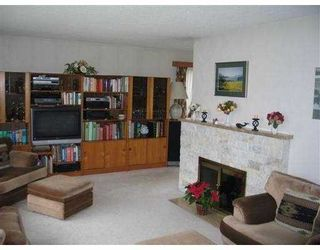 Photo 2: 2420 MCKESSOCK Ave in Richmond: Bridgeport RI House for sale : MLS®# V641543