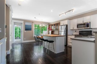 """Photo 8: 75 20350 68 Avenue in Langley: Willoughby Heights Townhouse for sale in """"Sunridge"""" : MLS®# R2494896"""