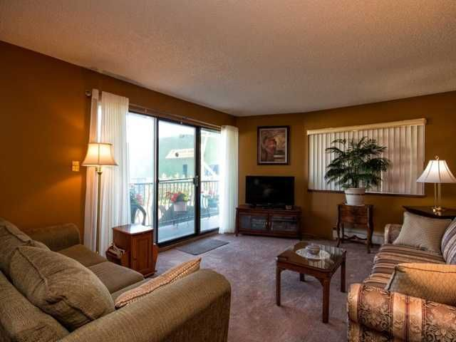 """Photo 4: Photos: 225 2033 TRIUMPH Street in Vancouver: Hastings Condo for sale in """"MCKENZIE HOUSE"""" (Vancouver East)  : MLS®# V1026314"""