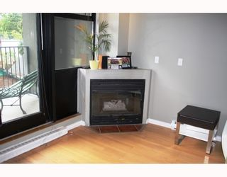 "Photo 5: 18 2156 W 12TH Avenue in Vancouver: Kitsilano Condo for sale in ""THE METRO"" (Vancouver West)  : MLS®# V765309"