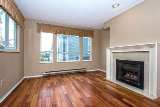 """Photo 3: 15 2656 MORNINGSTAR Crescent in Vancouver: Fraserview VE Townhouse for sale in """"FRASER WOODS"""" (Vancouver East)  : MLS®# R2007119"""