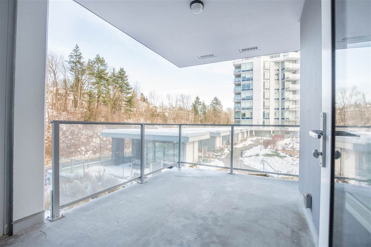 """Photo 7: Photos: 302 8538 RIVER DISTRICT Crossing in Vancouver: South Marine Condo for sale in """"ONE TOWN CENTRE"""" (Vancouver East)  : MLS®# R2430166"""