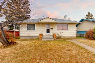 Main Photo: 1723 44 Street SE in Calgary: Forest Lawn Detached for sale : MLS®# A1153701