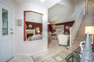 """Photo 4: 124 9208 208 Street in Langley: Walnut Grove Townhouse for sale in """"CHURCHILL PARK"""" : MLS®# R2150916"""