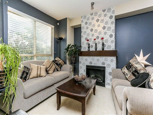 """Photo 3: Photos: 105 100 KLAHANIE Drive in Port Moody: Port Moody Centre Townhouse for sale in """"INDIGO"""" : MLS®# V1032337"""