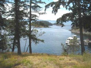 """Photo 1: Lot 11 PINEHAVEN Way in Garden Bay: Pender Harbour Egmont Land for sale in """"WHITAKERS WATERFRONT"""" (Sunshine Coast)  : MLS®# R2501638"""