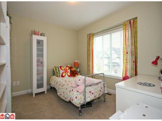 """Photo 8: 6760 193B Street in Surrey: Clayton House for sale in """"GRAMERCY PARK"""" (Cloverdale)  : MLS®# F1017960"""