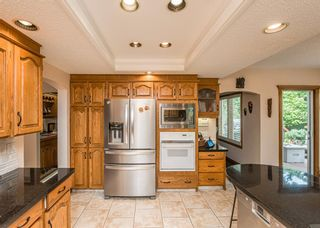 Photo 12: 519 Woodhaven Bay SW in Calgary: Woodbine Detached for sale : MLS®# A1130696