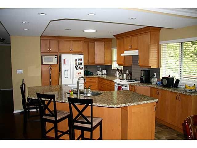 "Photo 2: Photos: 12314 209TH Street in Maple Ridge: Northwest Maple Ridge House for sale in ""CHILCOTIN"" : MLS®# V1056869"
