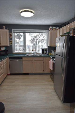 Photo 6: 8239 7 Street SW in Calgary: Kingsland Detached for sale : MLS®# C4291049