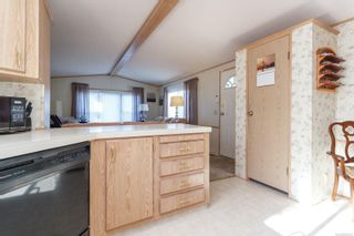 Photo 14: 111 17 Chief Robert Sam Lane in : VR Glentana Manufactured Home for sale (View Royal)  : MLS®# 860343