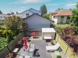 Photo 19: 1511 North Dairy Rd in : Vi Oaklands Row/Townhouse for sale (Victoria)  : MLS®# 878365