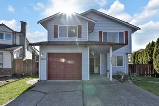 Photo 1: 9841 150TH Street in Surrey: Guildford House for sale (North Surrey)  : MLS®# R2565869