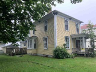 Photo 7: 8 Clements in Yarmouth: Town Central Multi-Family for sale : MLS®# 202015032