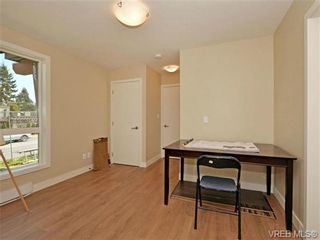 Photo 14: 1 1060 Tillicum Rd in VICTORIA: Es Kinsmen Park Row/Townhouse for sale (Esquimalt)  : MLS®# 714737