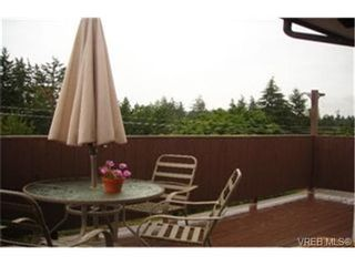 Photo 3:  in VICTORIA: La Mill Hill House for sale (Langford)  : MLS®# 439648