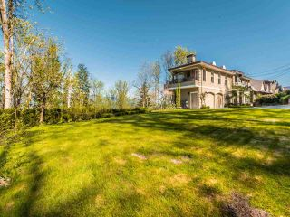 Photo 2: 5521 BESSBOROUGH Drive in Burnaby: Capitol Hill BN House for sale (Burnaby North)  : MLS®# R2574104