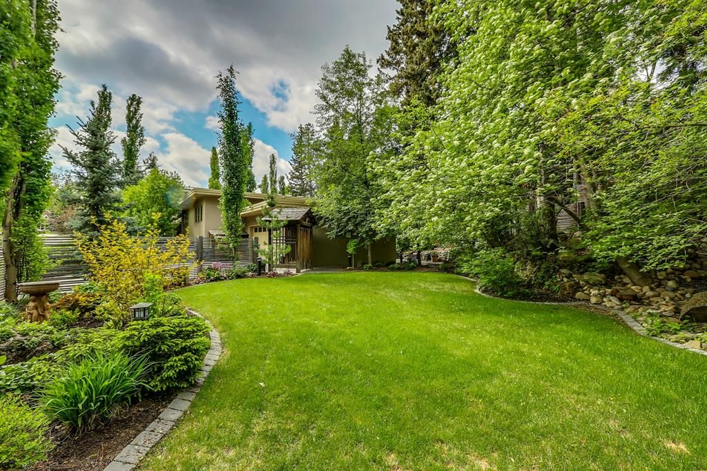 Photo 49: Photos: 2207 Amherst Street SW in Calgary: Upper Mount Royal Detached for sale : MLS®# A1062156